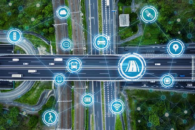 La prochaine génération de cloud devra répondre à de nouveaux enjeux, comme la connectivité des smart cities, des infrastructures de transport connectées ou industrielles. Un enjeu que saisit le Luxembourg, comme il avait saisi celui des supercalculateurs. (Photo: Shutterstock)