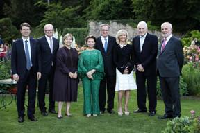 À gauche: Christian Kremer (Clifford Chance), Marcel Leyers (Bil), Manou Hoss (Elvinger Hoss Prussen) et S.A.R. la Grande-Duchesse Maria Teresa. ((Photo: Sophie Margue))