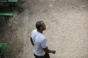 Malgré les défis qui se sont imposés à lui,Saïd Aka n'a jamais perdu espoir. ((Photo: Romain Gamba/Maison Moderne))