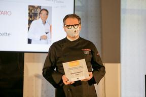 Renato Favaro, dont le restaurant Cômo est élu «Meilleur établissement méditerranéen de l'année» Gault&Millau Luxembourg 2021. ((Photo: Romain Gamba / Maison Moderne))