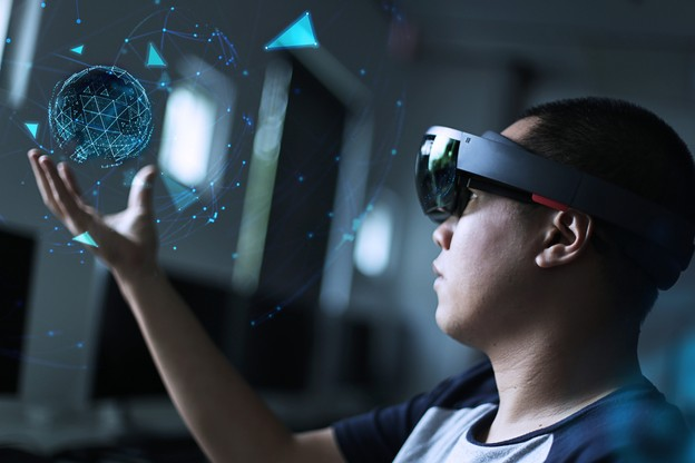 La réalité augmentée se met au service de la formation professionnelle. (Photo: Shutterstock)