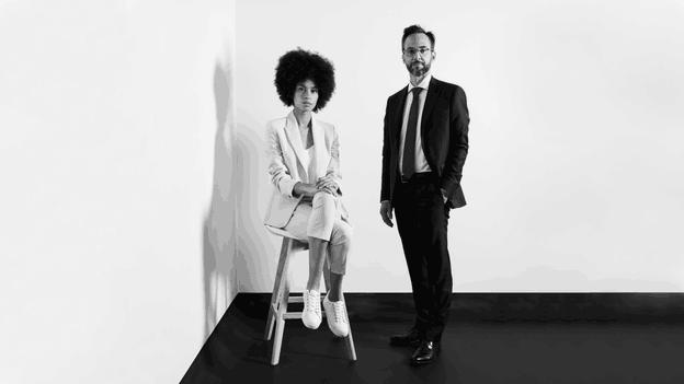 Jean-François Genicot, Head of Investments Management chez Degroof Petercam, et Léa, une architecte. Photo Simon Verjus (Maison Moderne)