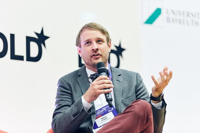 Gilbert Fridgen (University of Bayreuth/Fraunhofer FIT) est un spécialiste de la blockchain. Il dirigera la nouvelle «chair» financée par le FNR. (Photo: Dominik Gigler / DLD)