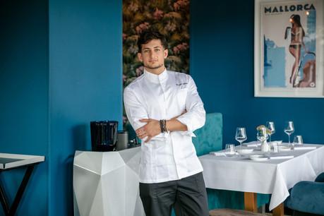 Giuseppe Molinaro est le nouveau chef du restaurant L'Annexe, adresse incontournable du plateau du Saint-Esprit… (Photo: Romain Gamba/Maison Moderne)
