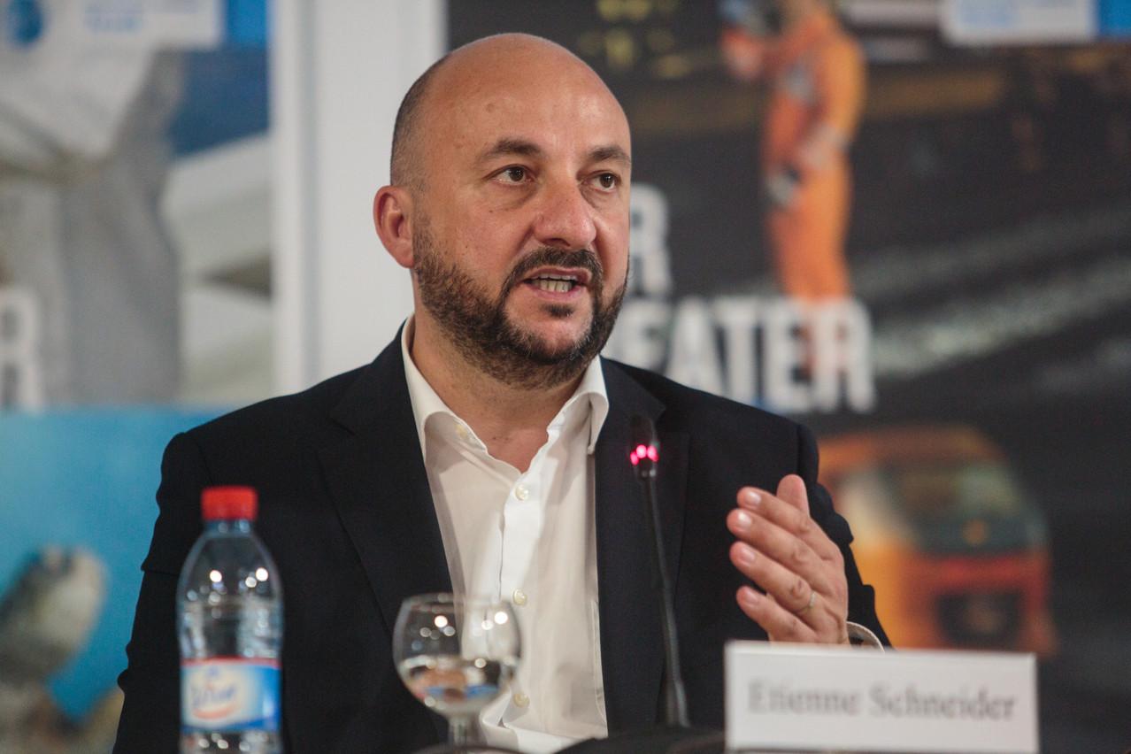 Étienne Schneider s'apprête à s'envoler au Canada pour négocier l'arrivée d'une société dans le secteur spatial. (Photo: Matic Zorman/Archives Paperjam)