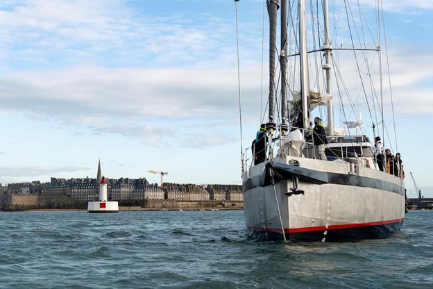 Le départ du Grain de Sail a eu lieu le 18 novembre depuis Saint-Malo. L'arrivée à bon port est prévue à une date moins certaine, puisqu'elle dépend de la météo et de la bonne volonté d'Éole. (Photo: Grain de Sail)