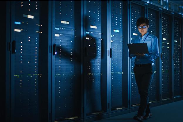 Les attaques se sont multipliées: elles coûtent moins cher aux attaquants qui étudient le ratio coûts/bénéfices comme tous les autres business tandis qu'elles coûtent en moyenne six fois plus cher aux entreprises. Un élastique dangereux. (Photo: Shutterstock)