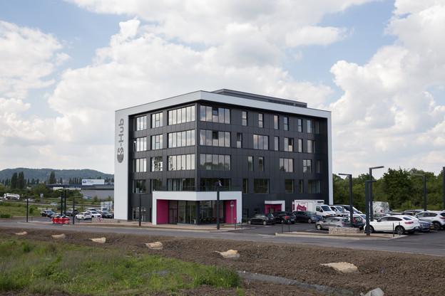 Le S-Hub, situé à Yutz le long de l'A31, permet aux salariés travaillant au Luxembourg de pouvoir faire du télétravail. (Photo: Romain Gamba)