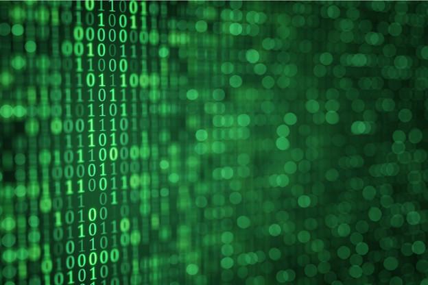 L'enjeu est connu mais rarement retenu: le «green code» permettrait de réduire l'empreinte environnementale des logiciels et autres web apps. GreenFrame permet de mesurer la «gourmandise» de nos outils. (Photo: Shutterstock)