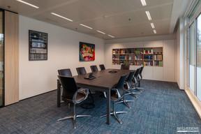 L'art est présent partout dans l'entreprise, y compris dans les salles de réunion. ((Photo: Gaël Lesure))