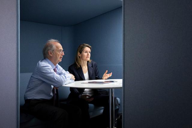 Anton Brender et Florence Pisani (Candriam) ne voient pas de récession à moyenne échéance. (Photo: Jan Hanrion / Maison Moderne)