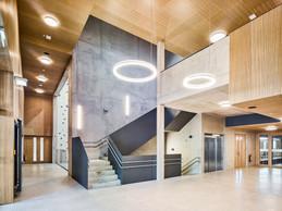 À l'intérieur, les espaces sont généreux. ((Photo: Andrés Lejona/Maison Moderne))