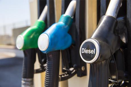 Les professionnels se retrouvent une nouvelle fois en première ligne face à l'augmentation des accises sur les carburants. Le diesel routier coûtera, au premier semestre2020, plus cher qu'en France. (Photo: Shutterstock)