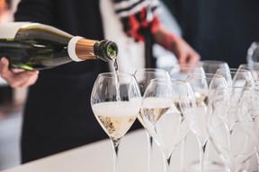Dégustation de champagnes «d'auteur» chez Maison Moderne, avec Craft & Compagnie. ((Photo: Patricia Pitsch / Maison Moderne))