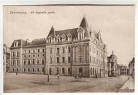 Carte postale (vers 1917), vue de la façAde nord de l'actuelle rue de la Poste. ((Photo: Post Luxembourg))