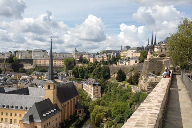 Huawei a choisi de reproduire le Luxembourg et en particulier le quartier du Grund, très prisé des visiteurs dans la capitale. (Photo: Matic Zorman / Maison Moderne)