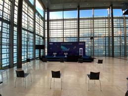À l'extérieur de la grande salle, d'un côté, le forum de l'espace et, de l'autre, celui sur la cybersécurité. ((Photo: Paperjam))
