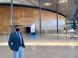 Le CEO de Farvest, Kamel Amroune, à quelques minutes du coup d'envoi d'une conférence bousculée par le Covid-19. ((Photo: Paperjam))