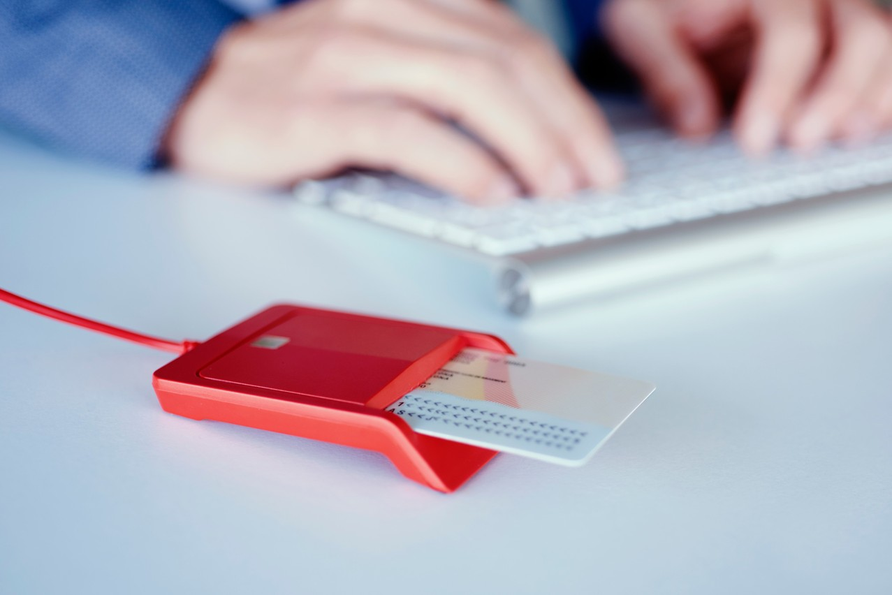 An electronic identification reader Photo: Shutterstock