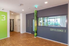 Sur chaque palier, on trouve des «coffee lounges». ((Photo: Belvedere Architecture))
