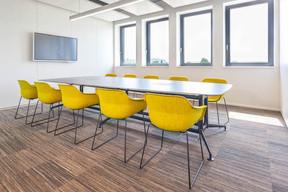 Les salles de réunion sontéquipées d'outils de communication de dernière génération. ((Photo: Belvedere Architecture))