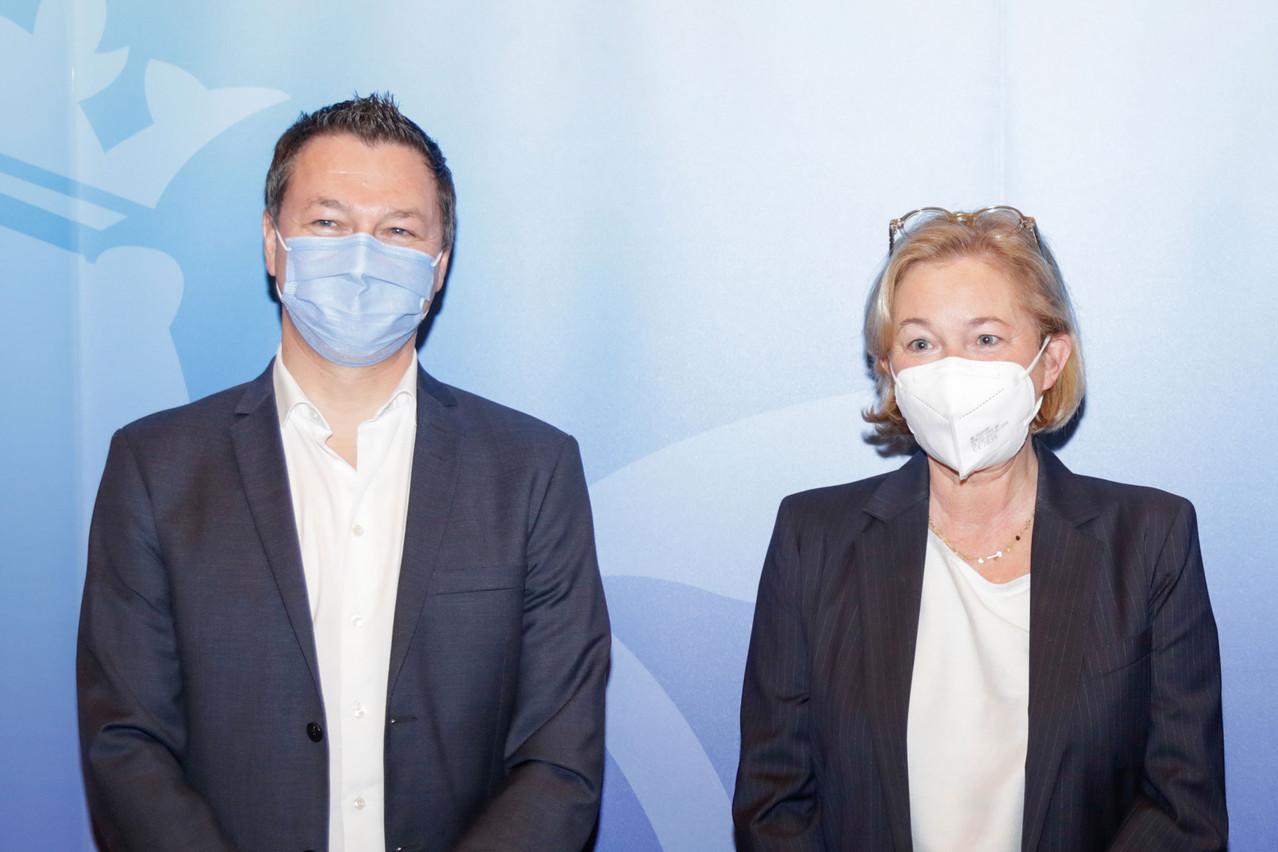 Thomas Dentzer, aux côtés de Paulette Lenert (LSAP), ministre de la Santé. (Photo: Romain Gamba / Maison Moderne)
