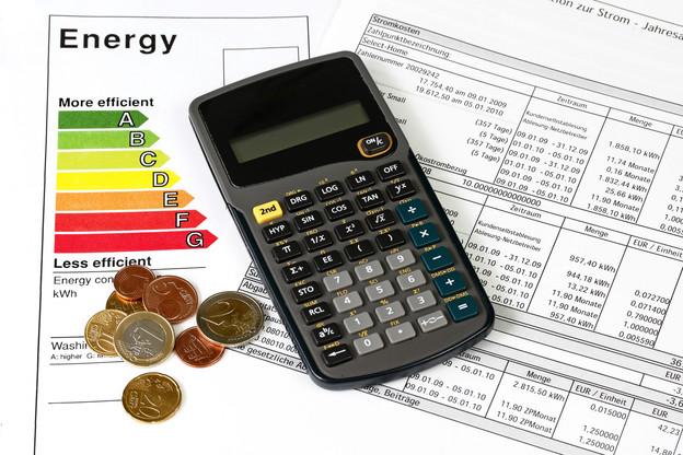Un tiers des répondants au sondage de l'ILR ne vérifient pas leur facture avant de la payer. (Photo: Shutterstock)