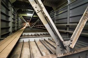 Le renforcement intérieur s'est fait au niveau des quatre caissons qui constituent les culées nord et sud. ((Photos: Nader Ghavami))