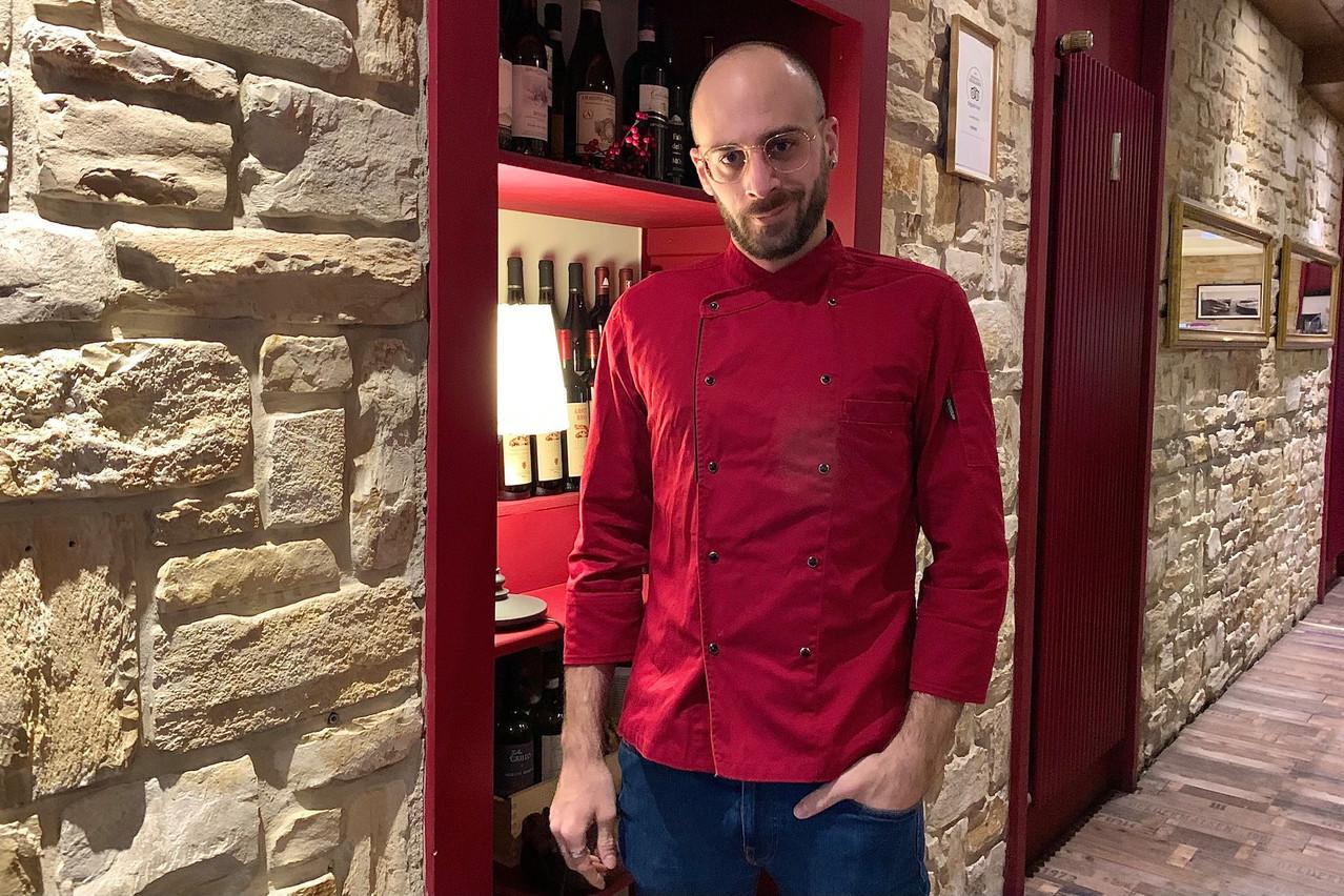 Dario Filippi aime avoir les mains dans la pâte à La Briscola, que ce soit pour des gnocchis signature ou bien un bon gâteau maison! (Photo: Maison Moderne)