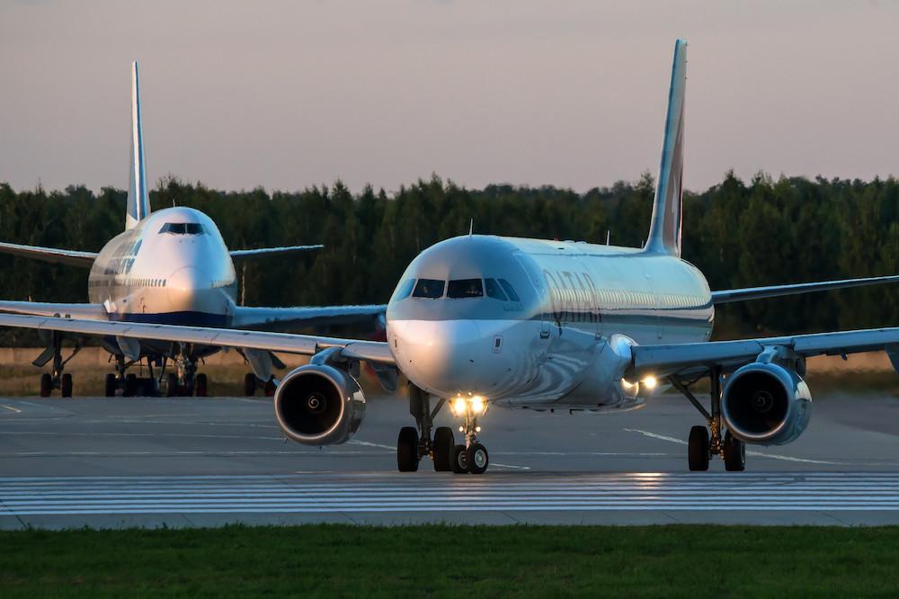 Les nouvelles mesures européennes, prisesdans le cadre du contentieux entre Airbus et Boeing sur leurs subventions respectives, incluent notamment une hausse des tarifs de 15% des droits de douane sur les avions. (Photo: Shutterstock)