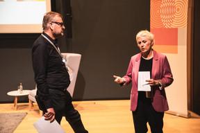 François Genaux (PwC Luxembourg) et Sasha Baillie (Luxinnovation) ((Photo: Christophe Debailleul/Maison Moderne))