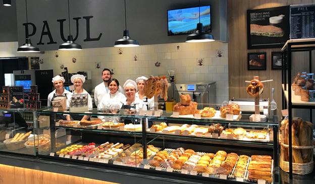 Un comptoir boulangerie et un vrai service «to go» pour le nouveau Paul à Infinity. (Photo: Boulangerie Paul)