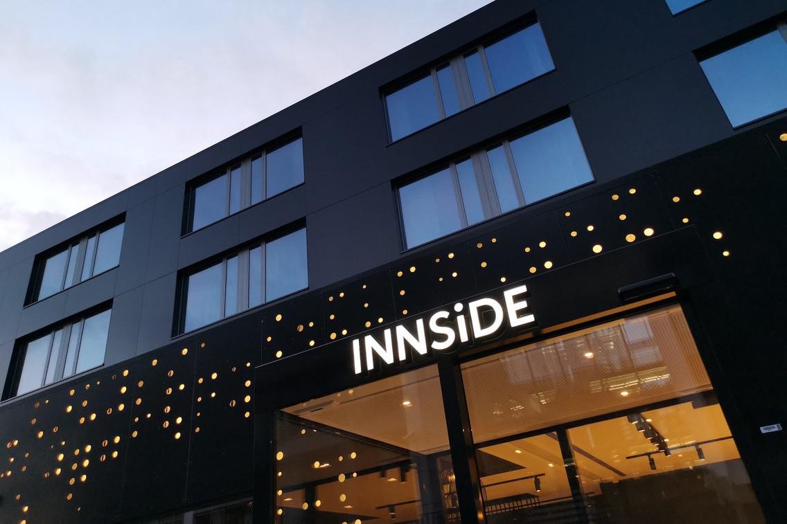 Le nouvel hôtel Innside présente une façade avec une identité bien reconnaissable. (Photo: Jim Clemes Associates)