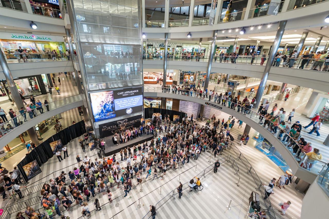 Le Mall of America, c'est plus de 500magasins, un parc d'attractions, des discothèques, une chapelle, 50restaurants et 14salles de cinéma. (Photo: Shutterstock)