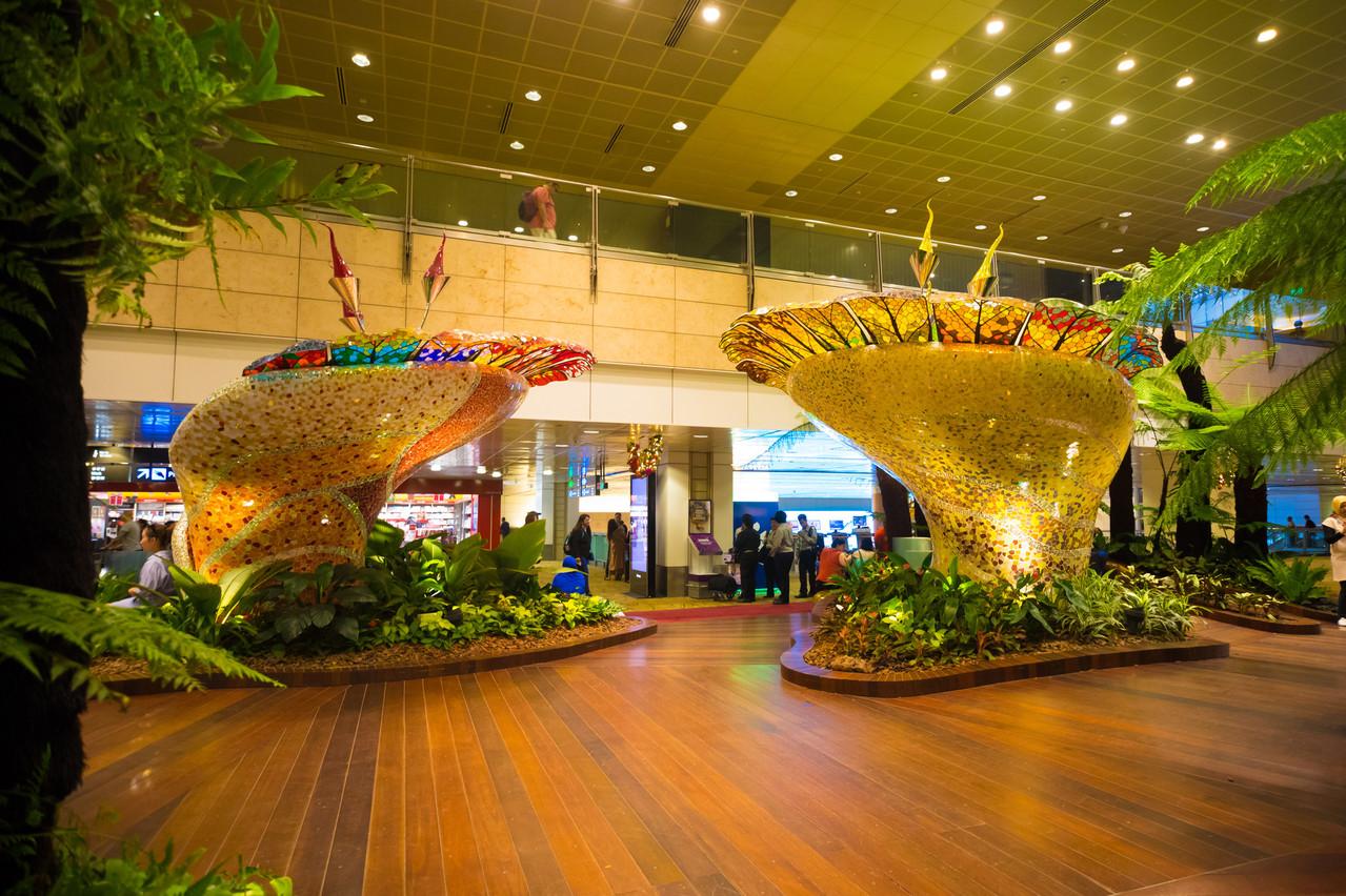 L'aéroport Changi de Singapour fait l'objet depuis maintenant plusieurs années d'un projet visant à végétaliser le complexe avec des milliers d'arbres et de plantes. (Photo: Shutterstock)