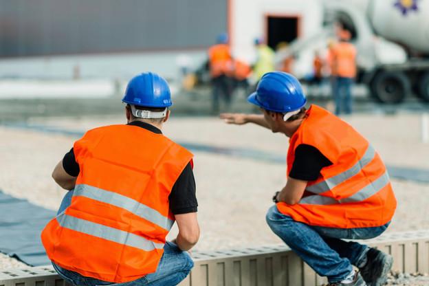 La reprise de l'activité dans le secteur du bâtiment et la nécessité de rattraper le temps perdu a fait du bien au secteur de l'intérim. (Photo: Shutterstock)