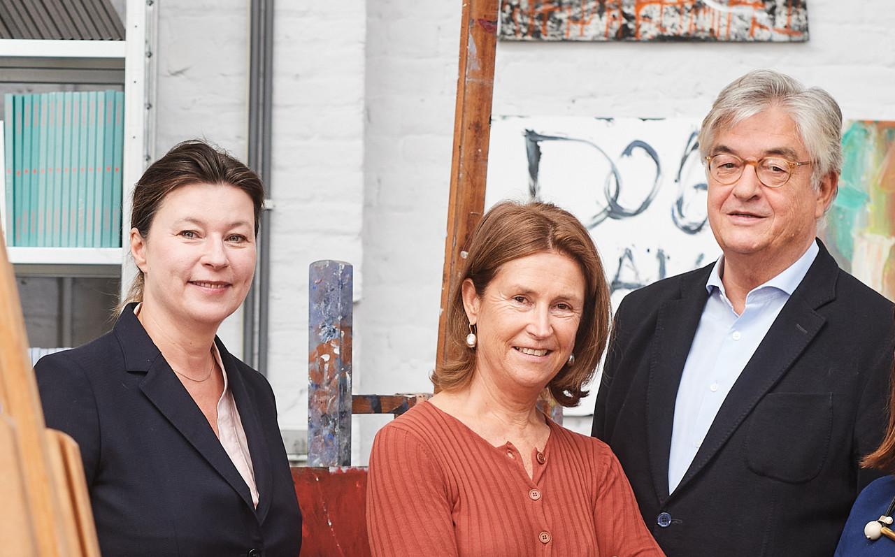 Sabine Taevernier, consultante indépendante en art moderne et d'après-guerre, et Anne Pontégnie, consultante indépendante en art contemporain et émergent, ont rejoint Hubert d'Ursel au sein du comité d'experts Art Collections chez Degroof Petercam.  David Plas Photography