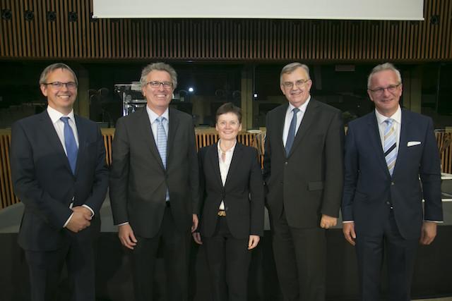 Bénéficiant de la confiance de Pierre Gramegna, Isabelle Goubin (au centre) représentait le gouvernement au sein des instruments de contrôle de la Place. (Photo: Blitz Agency/Archives)