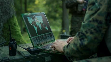 La technologie développée par Isotropic avec SES permettra à l'armée américaine de se connecter instantanément à plusieurs satellites, y compris non militaires, pour avoir plus de données et élargir la palette de ses options stratégiques en temps réel. (Photo: SES/Isotropic)