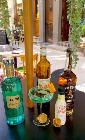 Les ingrédients d'un bon«Clandestine» par Cristian Capsa, sur la terrasse du Bar:Bar en centre-ville… DR