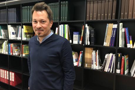 À 42ans, JacquesVandivinit vient de prendre la direction du Fonds du logement. (Photo: Paperjam)
