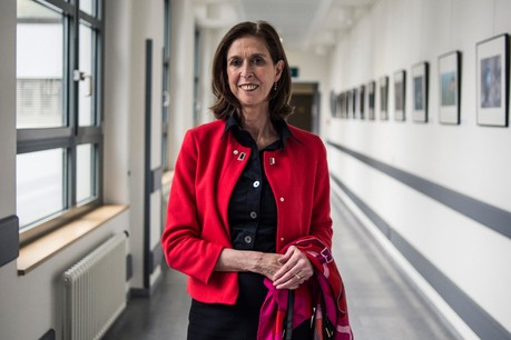 Lydia Mutsch se dit «comblée» par sa fonction de députée à plein temps, tout en imaginant consacrer son temps aux jeunes souhaitant s'engager en politique – surtout aux jeunes femmes. (Photo : Mike Zenari/archives Maison Moderne)