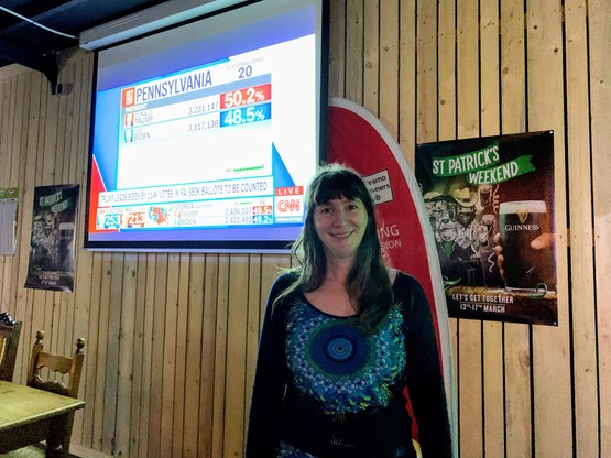 Natalie Bachiri organisait un petit rassemblement des«Democrats Abroad Luxembourg» jeudi soir (Photo: Maison Moderne)