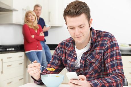 Le Luxembourgeois ne tarde pas souvent à quitter le domicile de ses parents. (Photo: Shutterstock)