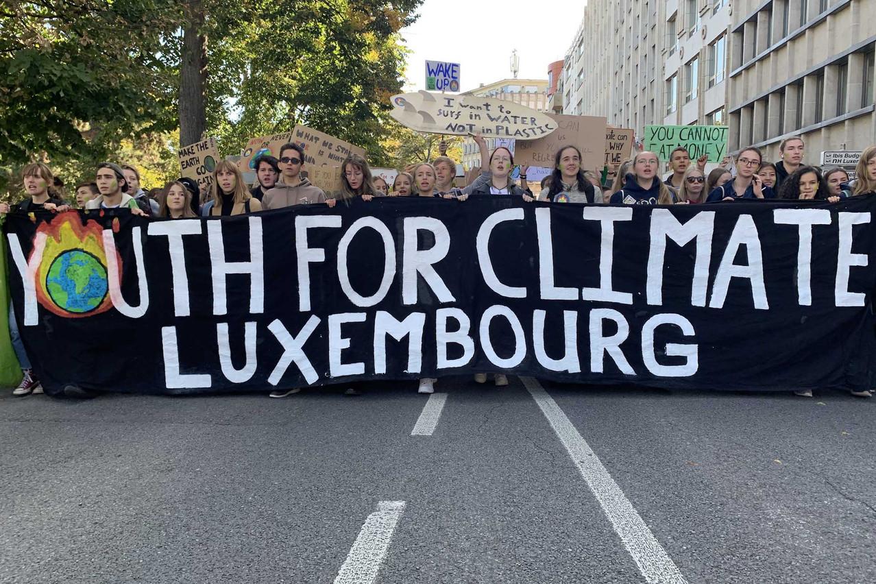 Les jeunes de Youth for Climate manifestent dans les rues de Luxembourg-ville ce vendredi 20 septembre. (Photo: Maison Moderne)