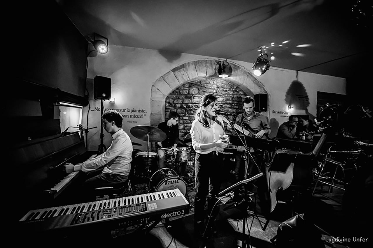 Habitués des salles de concert, lesdeux jeunes musiciens de jazz ArthurPossing et ClaireParsons se produiront ce mercredi 22 juillet en plein air, sur la terrasse duKulturhuef Bistro de Grevenmacher! (Photo:Lugdivine Unfer)