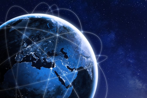 Les opérateurs doivent «libérer» une partie de la bande C pour la 5G aux États-Unis. Contre quel dédommagement financier? Un enjeu en milliards de dollars qui n'avance pas comme prévu pour SES. (Photo: Shutterstock)