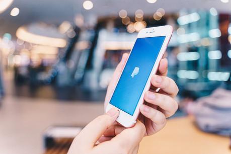 On lui doit le design d'un objet technologique qui continue à connaître un succès mondial. (Photo: Shutterstock)