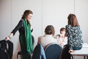 Isabelle Ferlin (IF Conseil), à gauche ((Photo: Patricia Pitsch/Maison Moderne))