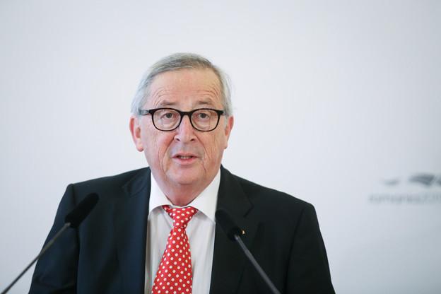 L'annonce de l'opération du président de la Commission européenne, Jean-ClaudeJuncker, a provoqué le report du procès de Srel. (Photo: Shutterstock)